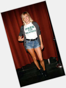 "<a href=""/hot-women/chloe-sevigny/is-she-man-or-woman-married-really-pretty"">Chloe Sevigny</a> Slim body,  blonde hair & hairstyles"