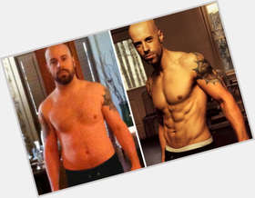 "<a href=""/hot-men/chris-daughtry/is-he-still-married-christian-divorce-7eventh-time"">Chris Daughtry</a> Average body,  bald hair & hairstyles"