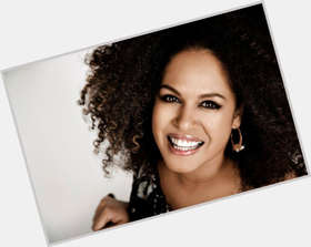 "<a href=""/hot-women/christine-anu/is-she-aboriginal-married-moulin-rouge-where-anus"">Christine Anu</a> Slim body,  black hair & hairstyles"