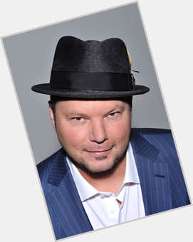 "<a href=""/hot-men/christopher-cross/is-he-alive-christian-or-blind-where-now"">Christopher Cross</a> Large body,  dark brown hair & hairstyles"