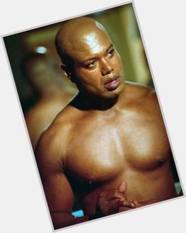 "<a href=""/hot-men/christopher-judge/is-he-married-homosexual-dark-knight-rises-batman"">Christopher Judge</a>  black hair & hairstyles"