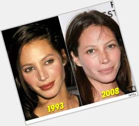 "<a href=""/hot-women/christy-turlington/is-she-hispanic-vegetarian-salvadoran-black-vegan-pregnant"">Christy Turlington</a> Slim body,  dark brown hair & hairstyles"