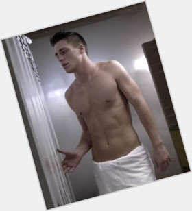 "<a href=""/hot-men/colton-haynes/is-he-arrow-single-dating-holland-roden-bi"">Colton Haynes</a> Athletic body,  light brown hair & hairstyles"