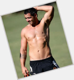 "<a href=""/hot-men/corey-parker/is-he-aboriginal-playing-week-tonight-injured-round"">Corey Parker</a> Average body,  black hair & hairstyles"