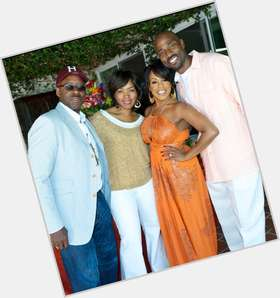 "<a href=""/hot-men/courtney-b-vance/is-he-married-angela-bassett-leaving-closer-still"">Courtney B Vance</a> Average body,  dark brown hair & hairstyles"