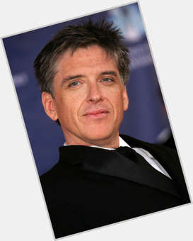 "<a href=""/hot-men/craig-ferguson/is-he-married-funny-show-cancelled-vacation-new"">Craig Ferguson</a> Average body,  salt and pepper hair & hairstyles"