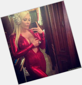 "<a href=""/hot-women/crystal-hefner/is-she-pregnant-much-worth-tall-and-hugh"">Crystal Hefner</a> Slim body,  blonde hair & hairstyles"