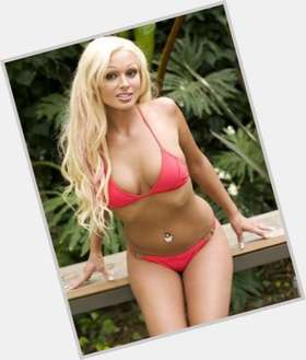 "<a href=""/hot-women/daniela-katzenberger/is-she-schwanger-wie-alt"">Daniela Katzenberger</a> Slim body,  blonde hair & hairstyles"