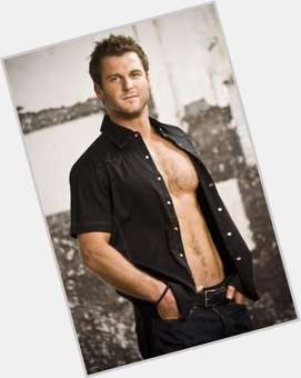 Dave Salmoni light brown hair & hairstyles Athletic body,