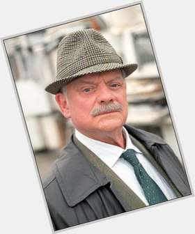 "<a href=""/hot-men/david-jason/is-he-or-alive-jehovahs-witness-hobbit-ill"">David Jason</a> Average body,  grey hair & hairstyles"