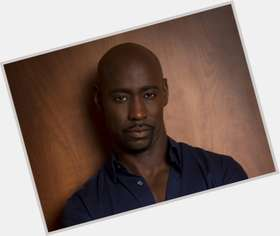 "<a href=""/hot-men/d-b-woodside/is-he-married-db-returning-single-ladies-dating"">D B Woodside</a> Slim body,  bald hair & hairstyles"