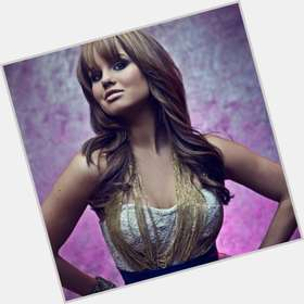 "<a href=""/hot-women/debby-ryan/is-she-christian-pregnant-married-dating-hot-spencer"">Debby Ryan</a> Average body,  dyed red hair & hairstyles"