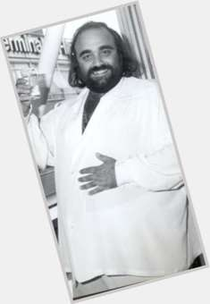 "<a href=""/hot-men/demis-roussos/is-he-still-alive-married-or-where-now"">Demis Roussos</a> Large body,  salt and pepper hair & hairstyles"