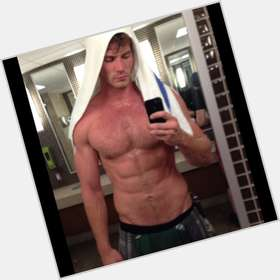 "<a href=""/hot-men/derek-theler/is-he-single-dating-chelsea-kane-married-mormon"">Derek Theler</a> Athletic body,  light brown hair & hairstyles"