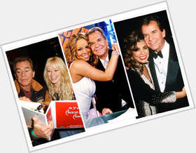 "<a href=""/hot-men/dick-clark/is-he-alive-married-sick-yet-clarks-wife"">Dick Clark</a> Average body,  light brown hair & hairstyles"