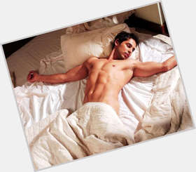 "<a href=""/hot-men/dino-morea/is-he-married-italian-single-dating-where-now"">Dino Morea</a> Athletic body,  black hair & hairstyles"