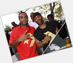 "<a href=""/hot-men/dj-clue/is-he-married-clay-hispanic-lux-illuminati-and"">Dj Clue</a> Average body,  dark brown hair & hairstyles"