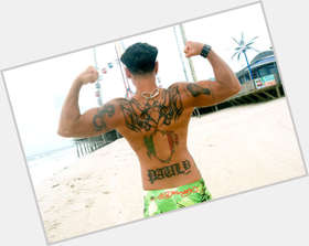 "<a href=""/hot-men/dj-pauly-d/is-he-paul-delvecchio"">DJ Pauly D</a> Athletic body,  black hair & hairstyles"