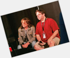 "<a href=""/hot-men/don-dokken/is-he-married-bald-jerk-where-now-what"">Don Dokken</a> Average body,  light brown hair & hairstyles"