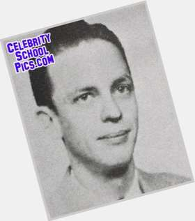 "<a href=""/hot-men/don-knotts/is-he-still-alive-living-or-christian-deceased"">Don Knotts</a> Slim body,  grey hair & hairstyles"