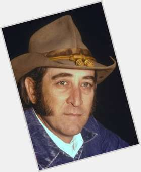 "<a href=""/hot-men/don-williams/is-he-still-alive-married-sick-christian-related"">Don Williams</a>"