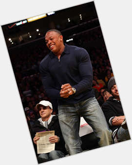 "<a href=""/hot-men/dr-dre/is-he-real-doctor-bi-married-illuminati-alive"">Dr Dre</a> Bodybuilder body,  black hair & hairstyles"