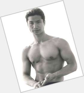 "<a href=""/hot-men/dustin-nguyen/is-he-married-korean-jesus-still-divorce-where"">Dustin Nguyen</a> Athletic body,  black hair & hairstyles"