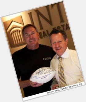 Dwight Clark light brown hair & hairstyles Athletic body,