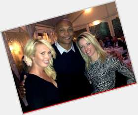 "<a href=""/hot-men/eddie-george/is-he-still-married-hall-famer-taj-divorce"">Eddie George</a> Athletic body,  bald hair & hairstyles"