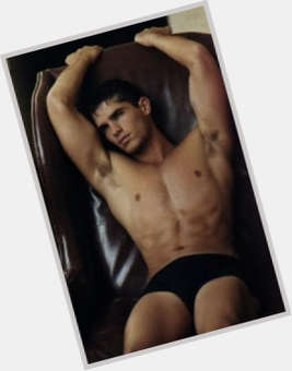 "<a href=""/hot-men/eduardo-verastegui/is-he-married-homosexual-dating-ricky-martin-anyone"">Eduardo Verastegui</a> Athletic body,  dark brown hair & hairstyles"