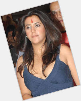 "<a href=""/hot-women/ekta-kapoor/is-she-married-virgin-entrepreneur-getting-and-karan"">Ekta Kapoor</a> Average body,  light brown hair & hairstyles"