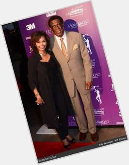 "<a href=""/hot-men/elgin-baylor/is-he-broke-black-hall-fame-what-doing"">Elgin Baylor</a> Large body,  dark brown hair & hairstyles"