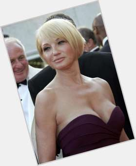 "<a href=""/hot-women/ellen-barkin/is-she-married-related-cameron-diaz-new-normal"">Ellen Barkin</a> Slim body,  blonde hair & hairstyles"