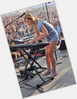 "<a href=""/hot-women/emily-haines/is-she-married-coke-head-addicted-drugs-dating"">Emily Haines</a>"