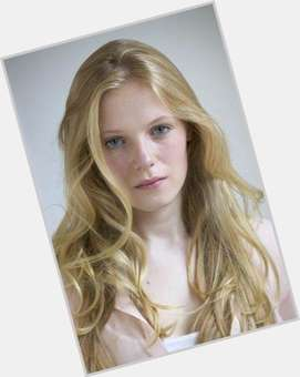"<a href=""/hot-women/emma-bell/is-she-single-dating-watson-playing-belle-tall"">Emma Bell</a> Slim body,  blonde hair & hairstyles"