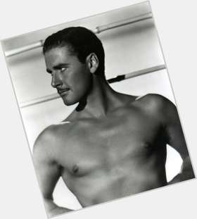"<a href=""/hot-men/errol-flynn/is-he-alive-still-where-buried-what-famous"">Errol Flynn</a> Athletic body,  light brown hair & hairstyles"