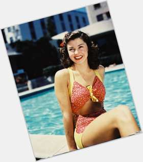 "<a href=""/hot-women/esther-williams/is-she-still-living-alive-or-blind-where"">Esther Williams</a> Slim body,  grey hair & hairstyles"