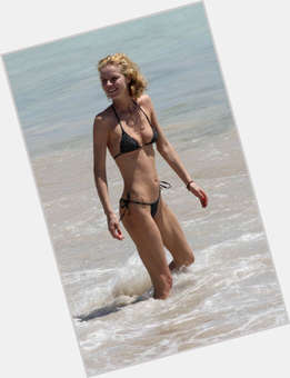 "<a href=""/hot-women/eva-herzigova/is-she-anorexic-dating-tall"">Eva Herzigova</a> Average body,  blonde hair & hairstyles"