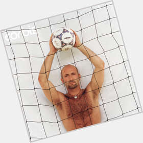 "<a href=""/hot-men/fabien-barthez/is-he-married-what-doing-now-where"">Fabien Barthez</a> Athletic body,  bald hair & hairstyles"