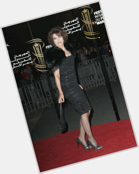 "<a href=""/hot-women/fanny-ardant/is-she-married-tall"">Fanny Ardant</a> Slim body,  dark brown hair & hairstyles"