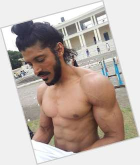 "<a href=""/hot-men/farhan-akhtar/is-he-married-making-don-3-divorce-akhtars"">Farhan Akhtar</a> Athletic body,  black hair & hairstyles"