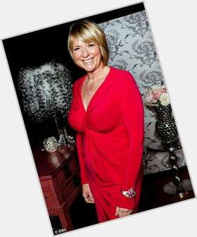 "<a href=""/hot-women/fern-britton/is-she-going-back-morning-still-married-phil"">Fern Britton</a> Large body,  blonde hair & hairstyles"