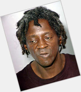 "<a href=""/hot-men/flavor-flav/is-he-married-broke-retarded-alive-still-public"">Flavor Flav</a> Slim body,  black hair & hairstyles"