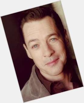 "<a href=""/hot-men/french-stewart/is-he-mom-married-related-martha-blind-alive"">French Stewart</a> Slim body,  light brown hair & hairstyles"