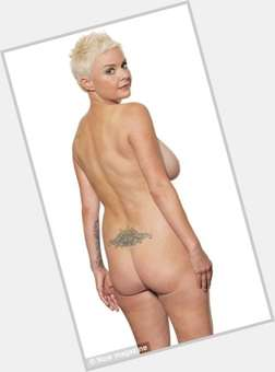 "<a href=""/hot-women/gail-porter/is-she-still-bald-hair-growing-back-alive"">Gail Porter</a> Average body,  bald hair & hairstyles"