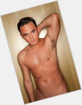 "<a href=""/hot-men/gareth-gates/is-he-married-christian-half-asian-single-divorce"">Gareth Gates</a> Slim body,  black hair & hairstyles"