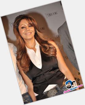 "<a href=""/hot-women/gauri-khan/is-she-pregnant-hindu-drug-addict-dusky-vegetarian"">Gauri Khan</a> Slim body,  black hair & hairstyles"