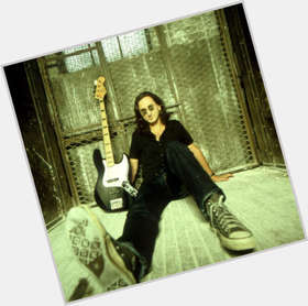 "<a href=""/hot-men/geddy-lee/is-he-married-losing-his-voice-christian-nice"">Geddy Lee</a> Slim body,  dark brown hair & hairstyles"