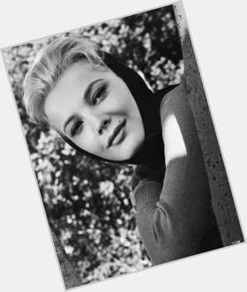 "<a href=""/hot-women/gena-rowlands/is-she-married-james-garner-alive-alcoholic-dating"">Gena Rowlands</a> Average body,  blonde hair & hairstyles"