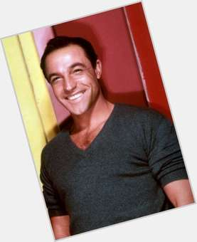 "<a href=""/hot-men/gene-kelly/is-he-alive-still-living-related-grace-or"">Gene Kelly</a> Average body,  grey hair & hairstyles"